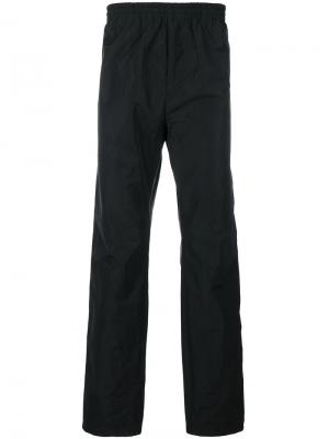Спортивные брюки White Mountaineering. Цвет: чёрный