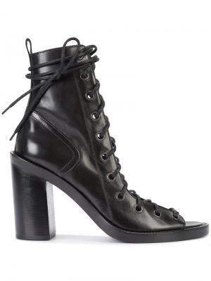 Lace-up sandals Ann Demeulemeester. Цвет: чёрный