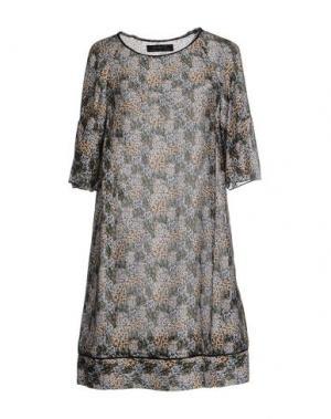 Короткое платье KRISTINA TI. Цвет: зеленый