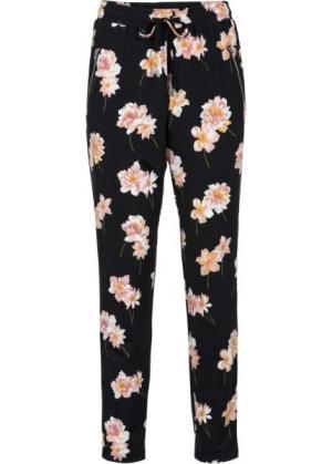 Трикотажные брюки (черный в цветочек) bonprix. Цвет: черный в цветочек