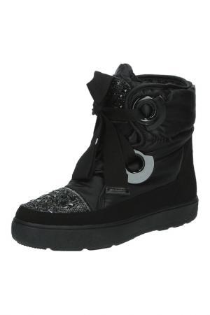 Ботинки с декором MADELLA. Цвет: черный