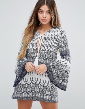 Unique 21 Платье с ацтекским принтом и рукавами-колокол. Цвет: мульти