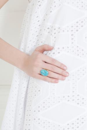 Медное кольцо IMAI by Julie Borgeaud. Цвет: золотой, бирюзовый