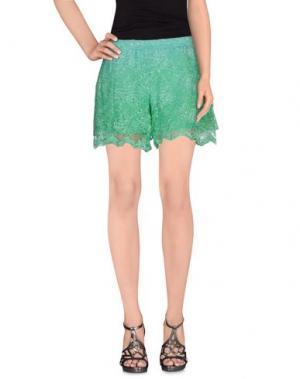 Повседневные шорты TEMPTATION. Цвет: зеленый