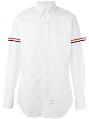 Рубашка с контрастными полосками на рукавах Thom Browne. Цвет: белый