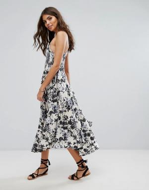 Lira Пляжное платье миди с цветочным принтом. Цвет: мульти
