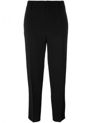 Классические брюки Forte. Цвет: чёрный