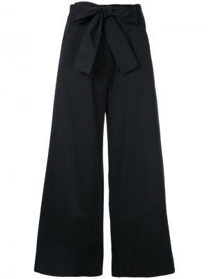 Широкие брюки с бантом Saloni. Цвет: чёрный