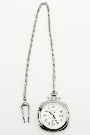 Часы наручные Adriatica. Цвет: белый