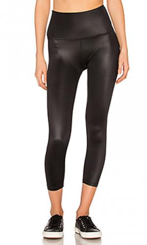 Gloss over high waist capri Beyond Yoga. Цвет: черный