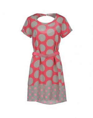 Короткое платье BEAYUKMUI. Цвет: розовый