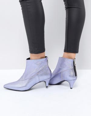 Gestuz Фиолетовые ботинки с эффектом металлик. Цвет: фиолетовый