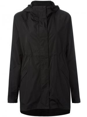 Куртка с капюшоном Hunter. Цвет: чёрный