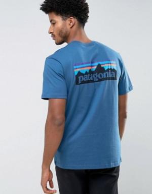 Patagonia Синяя футболка классического кроя с логотипом на спине P-6. Цвет: синий