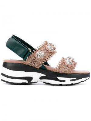 Декорированные сандалии Suecomma Bonnie. Цвет: телесный