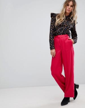 Maison Scotch Широкие строгие брюки яркого цвета. Цвет: розовый