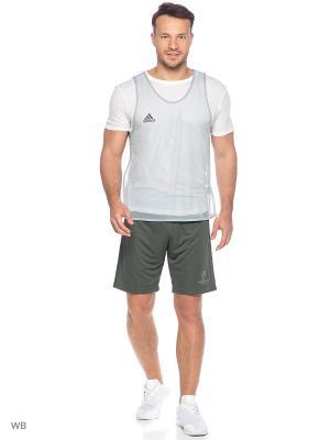 Майка спортивная Adidas. Цвет: серый