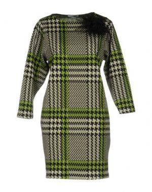 Короткое платье BIANCOGHIACCIO. Цвет: светло-зеленый