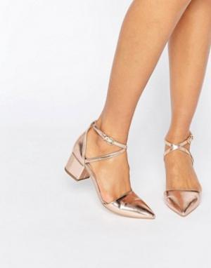 Raid Золотисто-розовые остроносые туфли на среднем каблуке Avia. Цвет: золотой