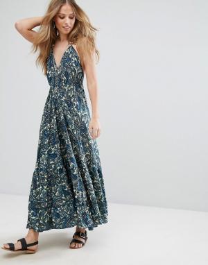 Raga Платье-халтер макси с принтом пейсли. Цвет: темно-синий
