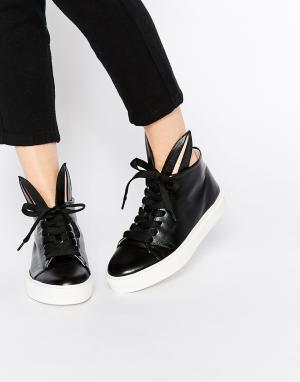 Minna Parikka Черные кожаные высокие кроссовки с кроличьими ушками. Цвет: черный