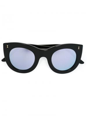 Солнцезащитные очки Boca Illesteva. Цвет: чёрный