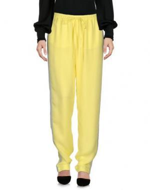Повседневные брюки JUST IN CASE. Цвет: желтый