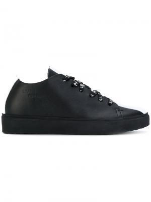 Кроссовки со шнуровкой Leather Crown. Цвет: чёрный