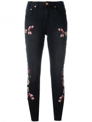 Укороченные джинсы с вышивкой Birds of Paradise One Teaspoon. Цвет: чёрный