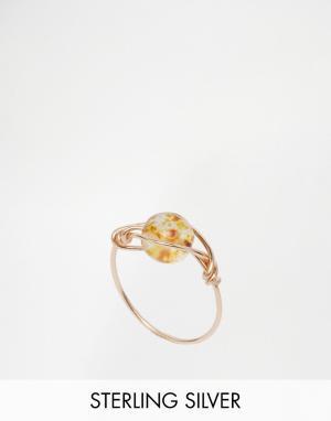 Kat&Bee Позолоченное проволочное кольцо с бусиной Kat & Bee Simple. Цвет: золотой
