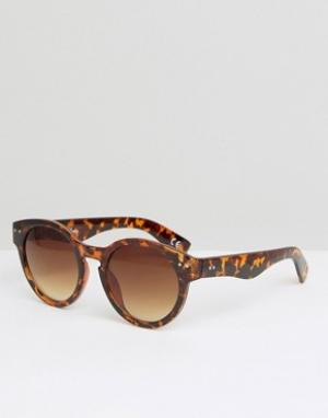 Jeepers Peepers Круглые солнцезащитные очки. Цвет: коричневый