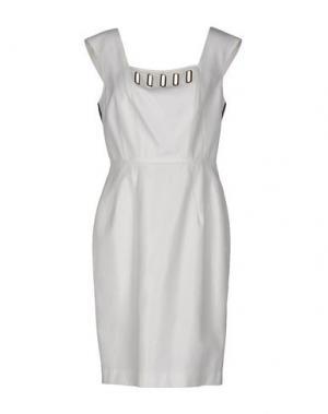 Короткое платье 22 MAGGIO BY MARIA GRAZIA SEVERI. Цвет: белый