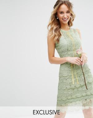 Body Frock Многоярусное платье миди с отделкой Bodyfrock. Цвет: зеленый