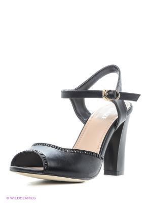 Босоножки на каблуке Daze. Цвет: черный