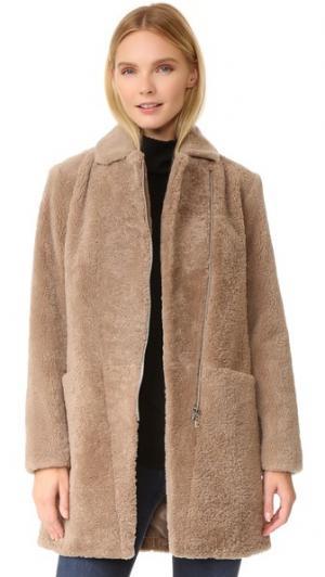 Пальто из короткой шерсти Doma. Цвет: бежевый