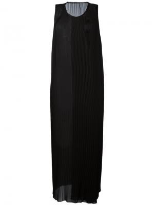 Плиссированное платье-шифт Masnada. Цвет: чёрный