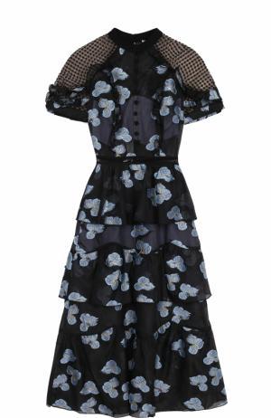 Приталенное платье с цветочным принтом и открытой спиной self-portrait. Цвет: голубой