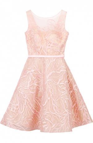 Приталенное мини-платье с вырезом на спинке и фактурной отделкой Basix Black Label. Цвет: розовый