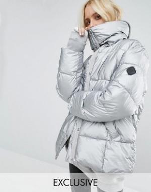 Puffa Серебристая дутая оversize-куртка с оттенком металлик. Цвет: серебряный