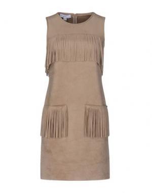 Короткое платье PIU' &. Цвет: верблюжий