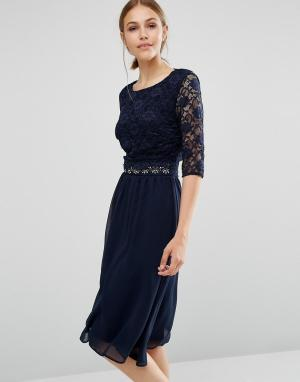 Elise Ryan Платье миди с кружевной отделкой. Цвет: темно-синий