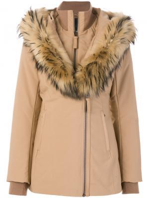 Дутое пальто с капюшоном Mackage. Цвет: телесный