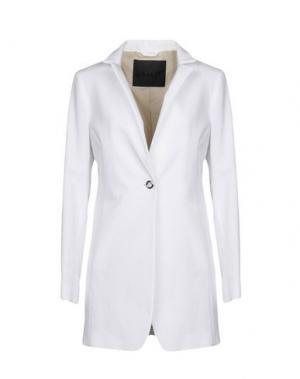 Легкое пальто SALCO. Цвет: белый