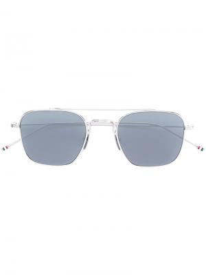 Солнцезащитные очки в квадратной оправе Thom Browne Eyewear. Цвет: металлический