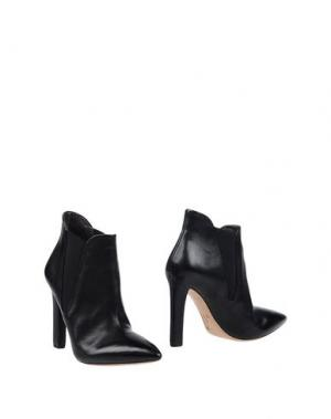 Полусапоги и высокие ботинки EL. Цвет: черный