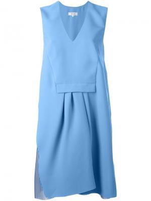 Платье с V-образным вырезом и складками Carven. Цвет: синий
