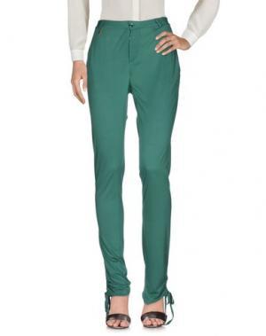 Повседневные брюки NOLITA. Цвет: зеленый