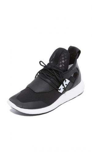 Кроссовки для бега  Elle Boost Y-3. Цвет: черный/белый