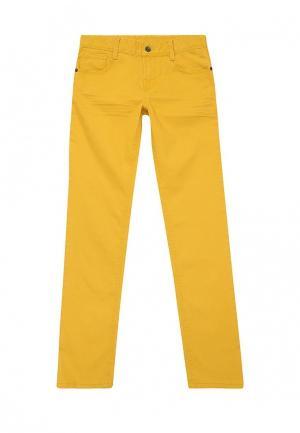 Джинсы United Colors of Benetton. Цвет: желтый