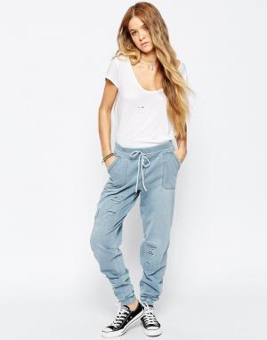 BLANK NYC Светлые свободные брюки в стиле милитари Tinder Bombing. Цвет: синий